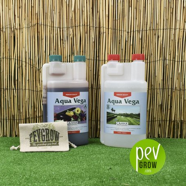 Canna Aqua Vega , pour la phase de croissance présenté en 2 bouteilles A + B
