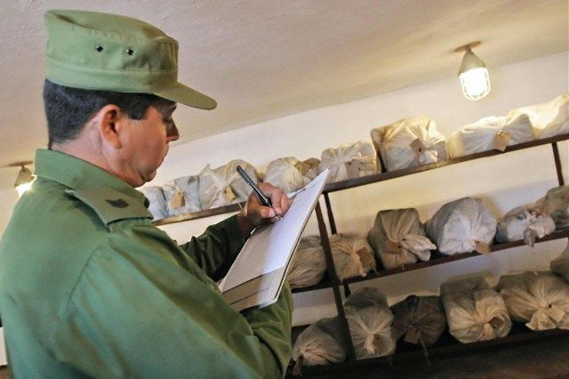 Cuba penalizes the possession of cannabis with jail.