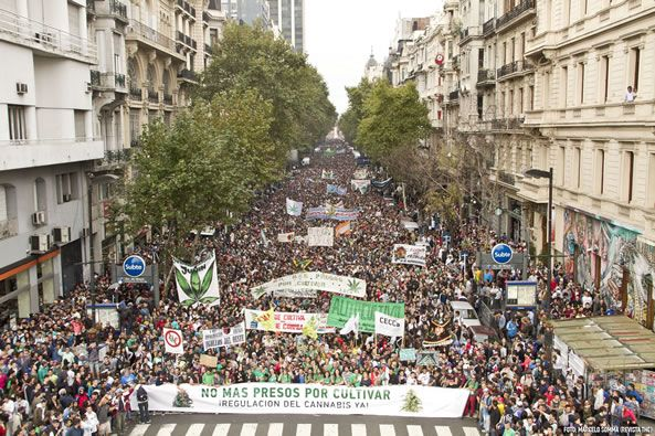 Argentines want legalization