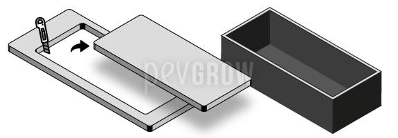 Couper une planche de polystyrène un peu plus petite que le contenant