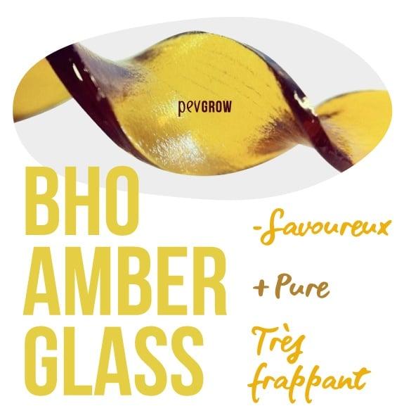 Photographie d'un échantillon de Amber Glass*
